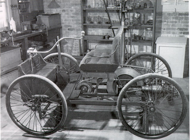 Henry Ford Had An Engine Running By 1893 But It Was 1896 Before He Built His First Car The End Of Year Sold